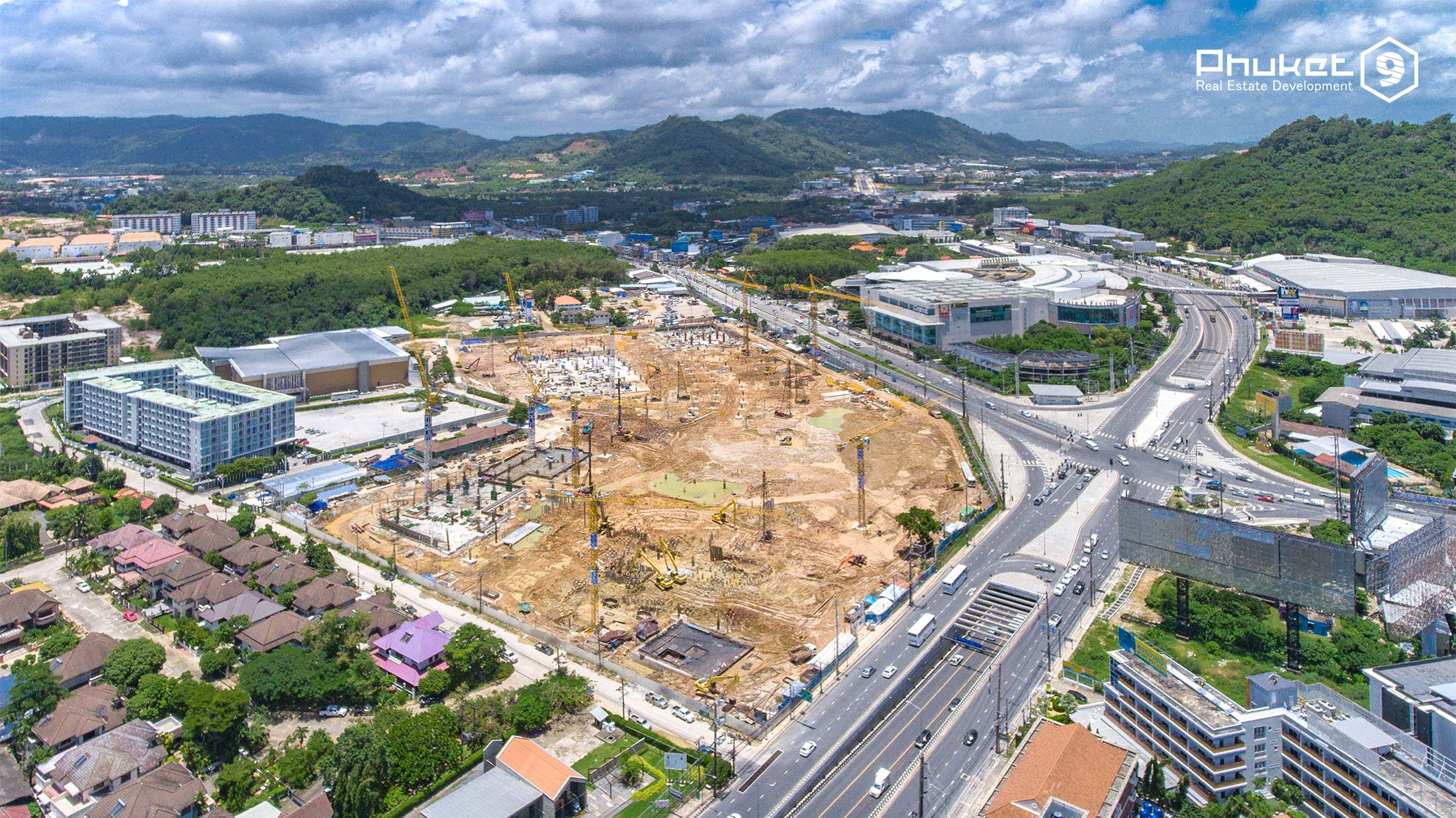 central phuket construction