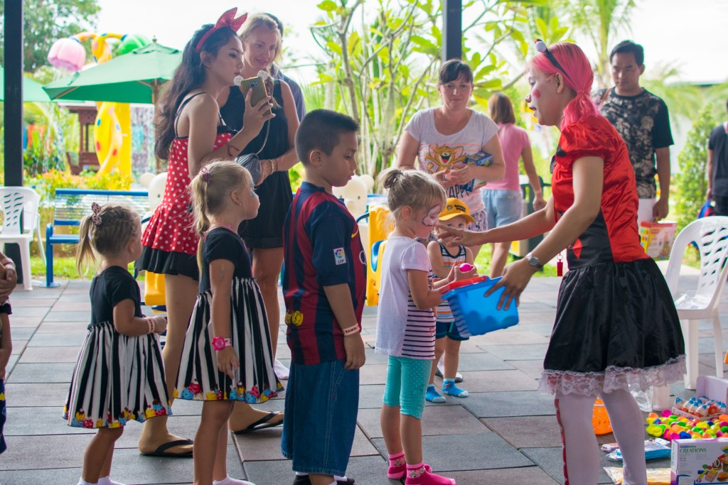 kids activities at rawai park