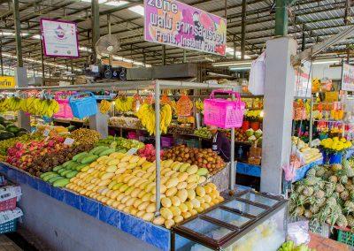 0032_daily-market-fruits-kata-beach-phuket-karon
