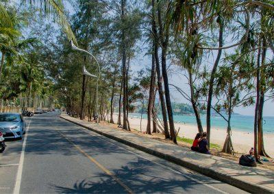 0040_kata-beach-road-beautiful