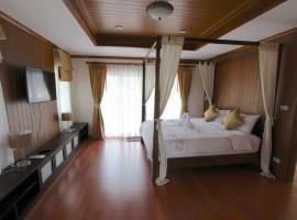 Luxurious Pool Villa 17
