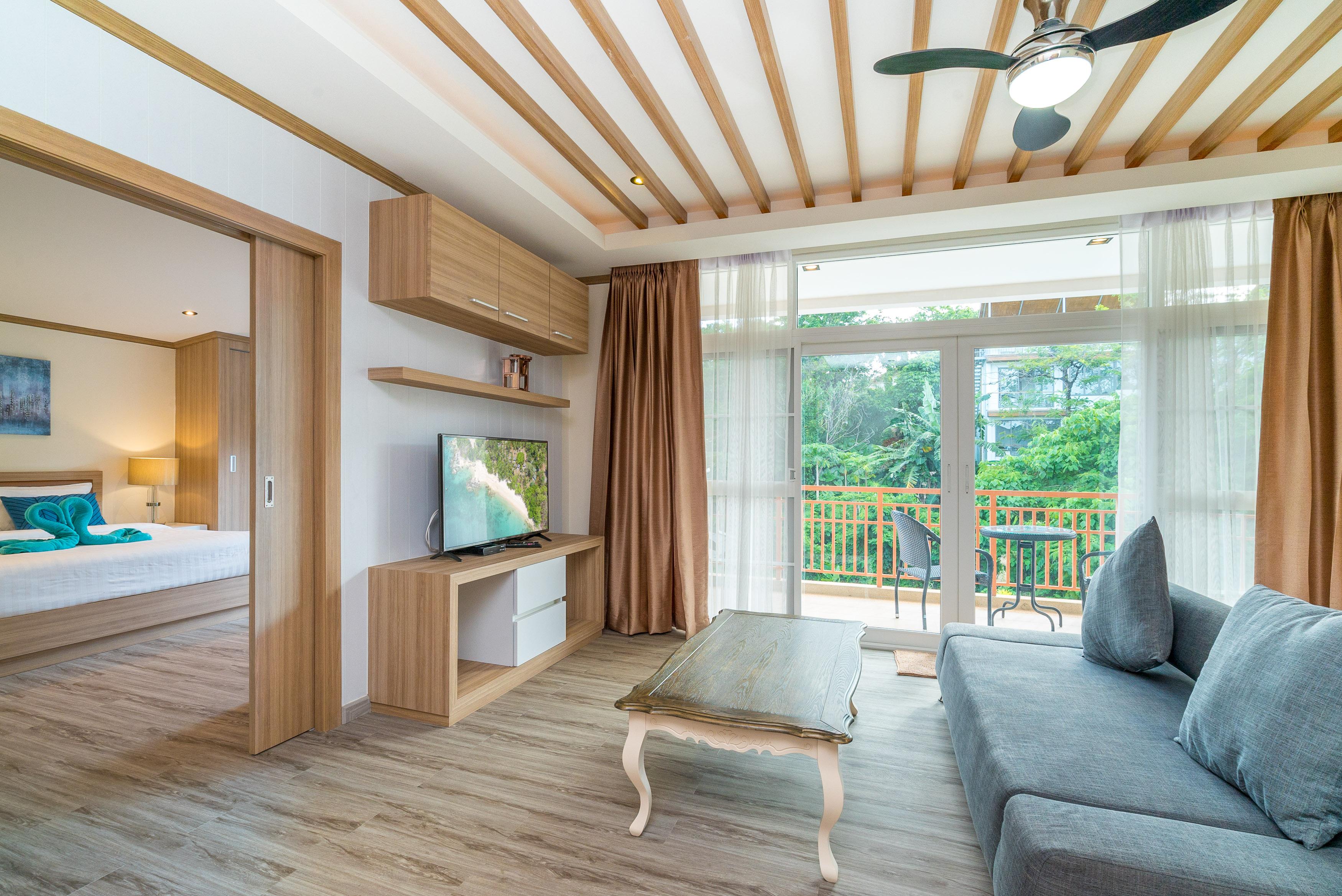 large villas for rent
